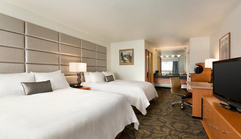 东翼标准双床客房